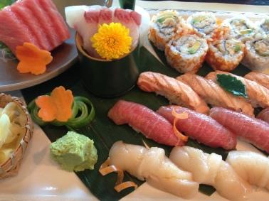 TOMO sushi platter