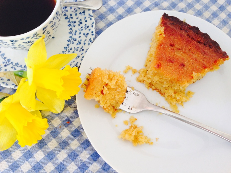 Weekend Bake: Ridiculously Lemony (and gluten free) Almond & PolentaCake