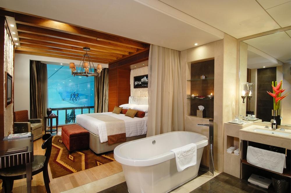 Bedroom in Grand Ski Chalet