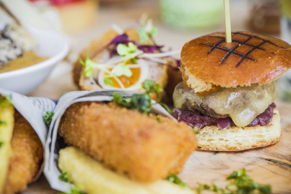 Street-Food-Afternoon-Tea-at-The-Arch-London-9-1024x681