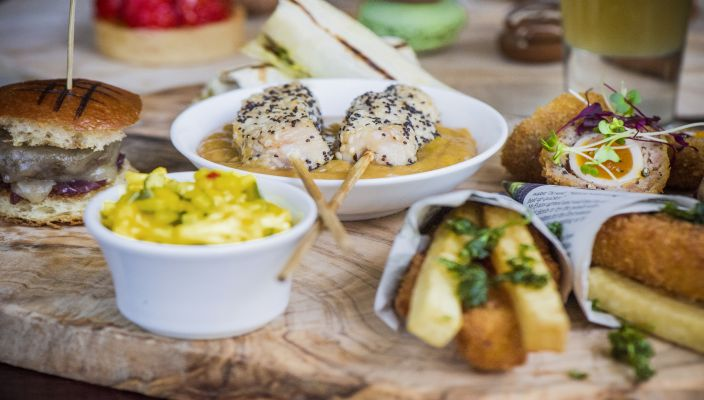Street-Food-Afternoon-Tea-at-The-Arch-London-inspirels